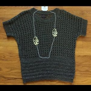 Olive Sweater And Necklace Bundle XL